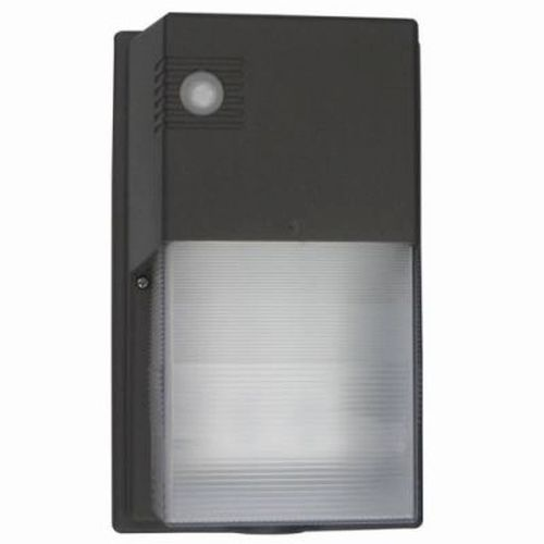 20 Watt LED Wall Pack with Photo Cell - 4000K 120V